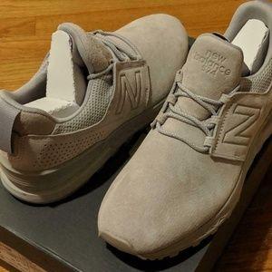 """Men's New Balance """"Decon"""" Low-Top Sneakers"""